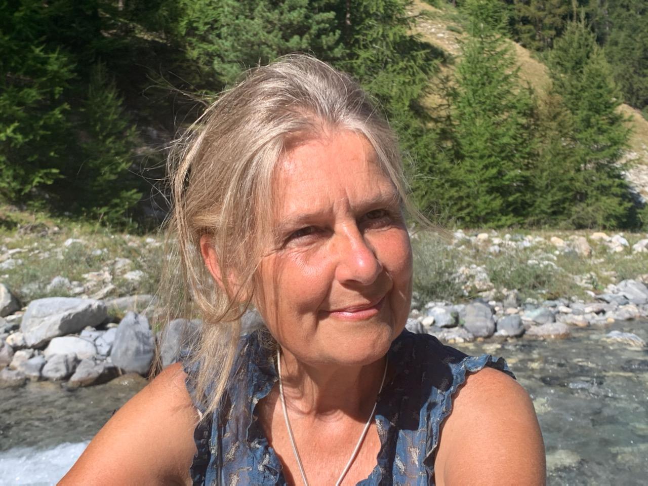Anne Dumont